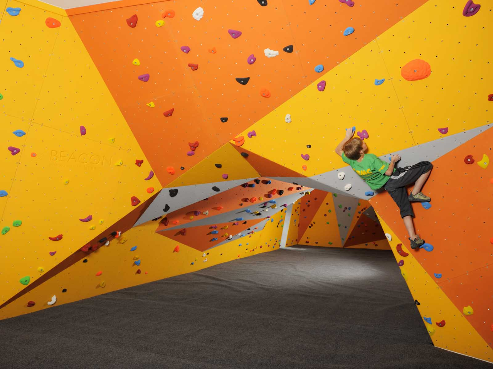 Climbing holds for bouldering walls